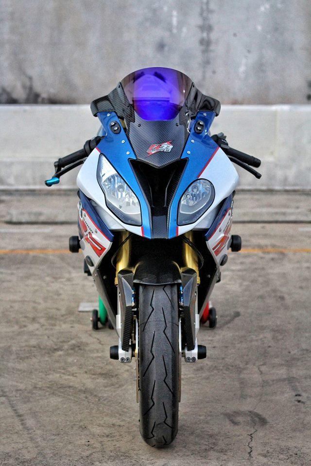 BMW S1000RR do sac xao voi nang cap new 100 - 3