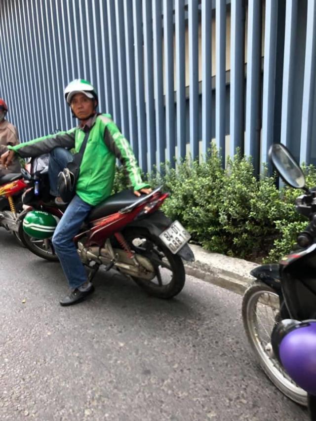 Cau chuyen canh giac ve Grab gia mao long hanh chat chem o san bay - 2
