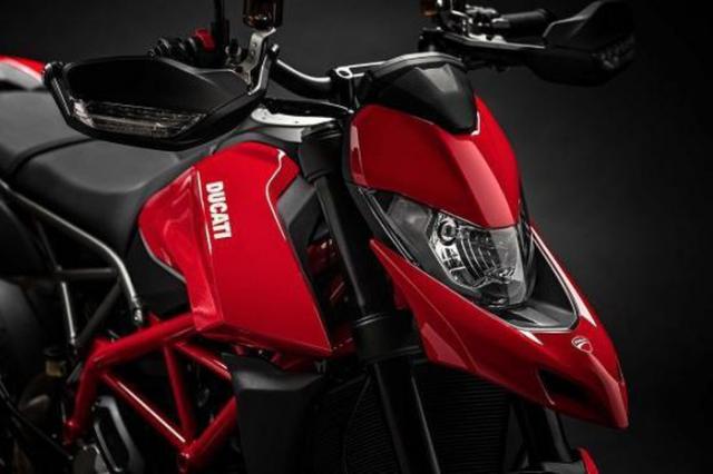 Ducati Hypermotard 950 sap ve VN voi gia ban gan nua ty dong - 3