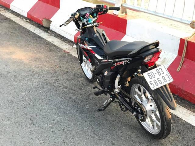 Sonic 150 do bai ban gon gang va day thu vi cua tay choi xe Binh Duong - 7