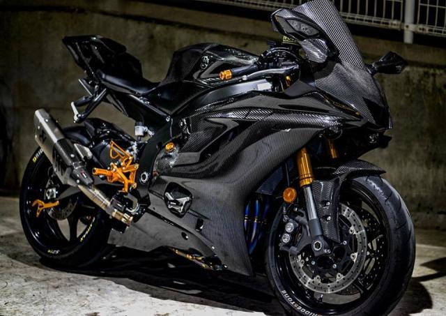Yamaha R6 do Man nhan voi body full Carbon hiem thay - 5