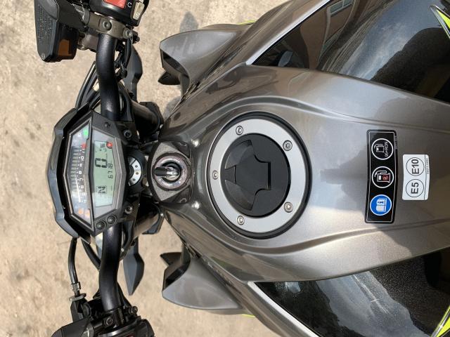 _ Can Ban kawasaki Z1000 R ABS Ban dat biet R chia khoa hiss chip tu Date T102017 odo 6800 - 10