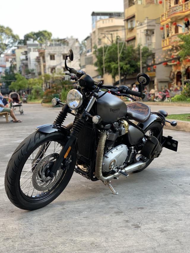 _ Can Ban Xe Triumph Bobber ABS HQCN date T82017 odo 6500 ngay chu dung ban xe moi tinh - 4