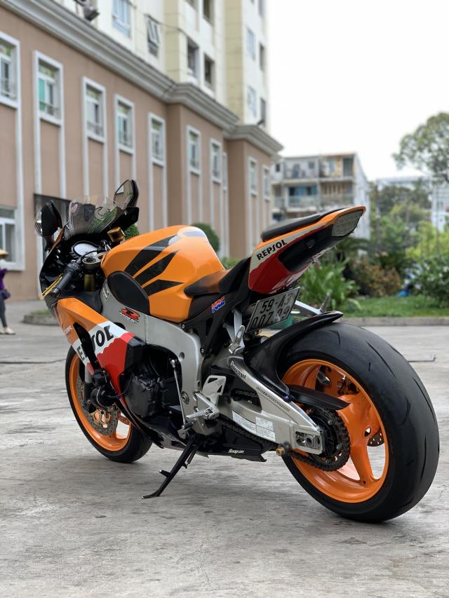 __ Can Ban HONDA CBR1000 Dung date 2011 DKLD T72011 HQCN odo 22000km ngay chu dung ban - 3