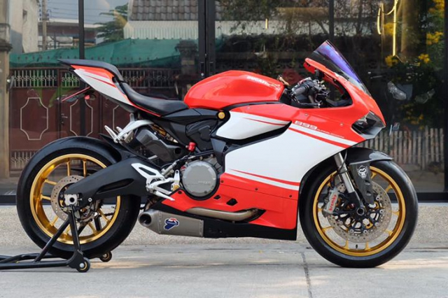 Ducati Panigale 899 do sieu ngau va day hap dan voi phong cach SuperLeggera - 3