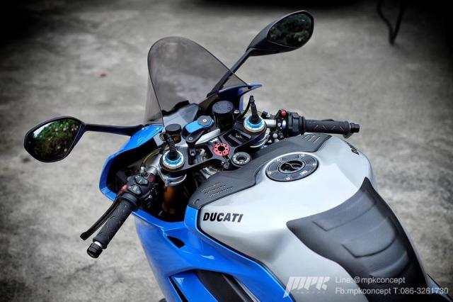 Ducati Panigale V4S New Blue do doc nhat tu truoc den nay - 7