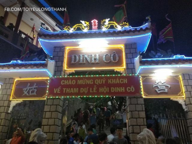 Hang tram quai xe nao loan QL 51 trong le hoi Dinh Co tai Vung Tau - 8