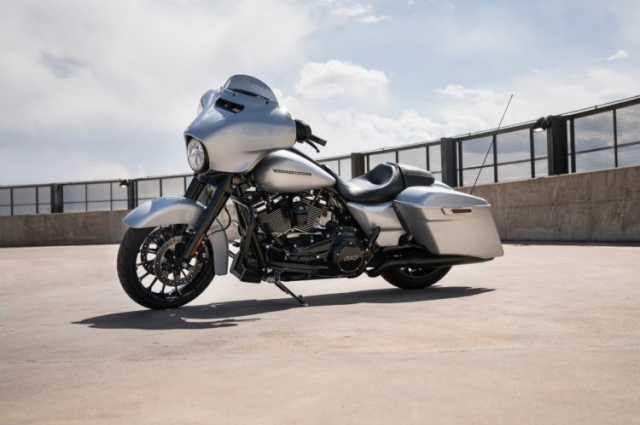 HarleyDavidson FortyEight Special 2019 Street Glide Special 2018 ra mat vao ngay 14 thang 3 - 5