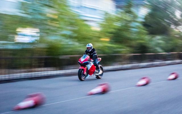 Can canh RC213VS phien ban nang cap va cam nhan sau khi chay thu tai Honda Biker Day 2019 - 11