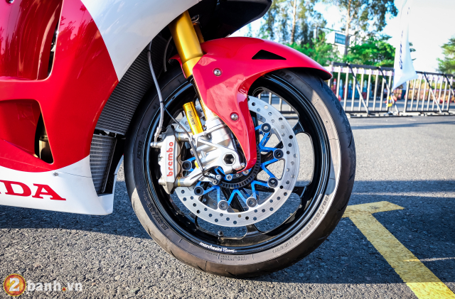 Can canh RC213VS phien ban nang cap va cam nhan sau khi chay thu tai Honda Biker Day 2019 - 22