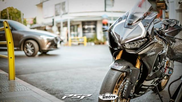 Honda CBR1000RR do dep tuyet tran voi trang bi Winglet doc doan - 8