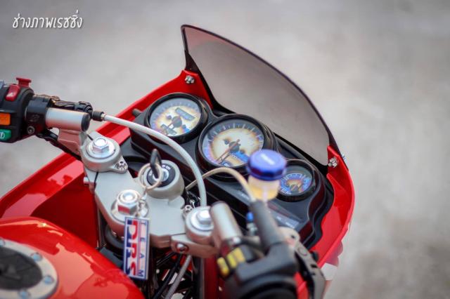 Kawasaki Kips 150 do dan chan mang ve dep kho cuong khoe dang trong nang mai - 5