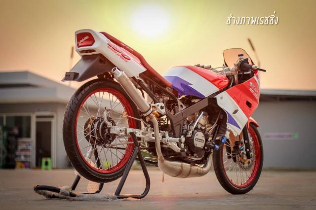 Kawasaki Kips 150 do dan chan mang ve dep kho cuong khoe dang trong nang mai - 9