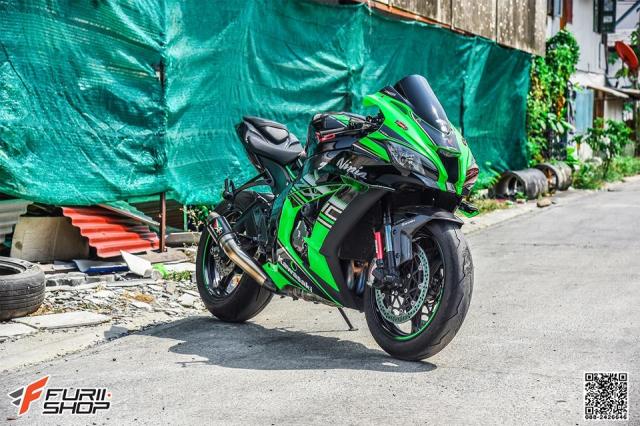 Kawasaki ZX10R do hung bao voi trang bi Winglet Puig dau tien o phien ban duong pho - 3