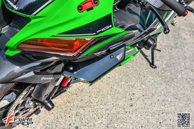 Kawasaki ZX10R do hung bao voi trang bi Winglet Puig dau tien o phien ban duong pho - 5