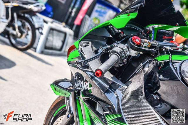 Kawasaki ZX10R do hung bao voi trang bi Winglet Puig dau tien o phien ban duong pho - 9