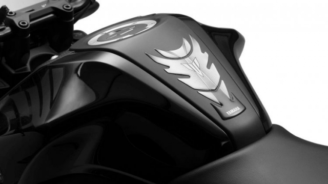 Yamaha MT15 di kem 6 phu kien tuy chinh dang quan tam - 3
