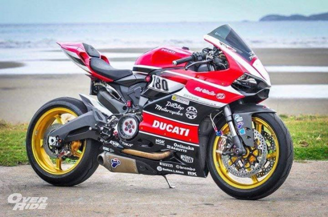 Ducati Panigale 899 do kich tinh voi cau hinh WSBK - 3