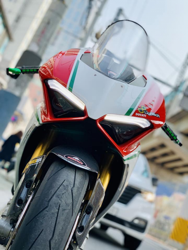 Ducati Panigale V4 S do gay sot nguoi xem voi cau hinh thuong dinh - 3