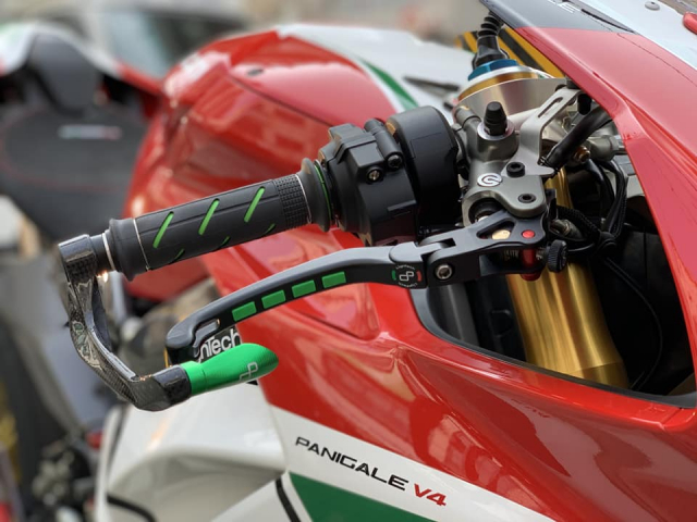 Ducati Panigale V4 S do gay sot nguoi xem voi cau hinh thuong dinh - 5