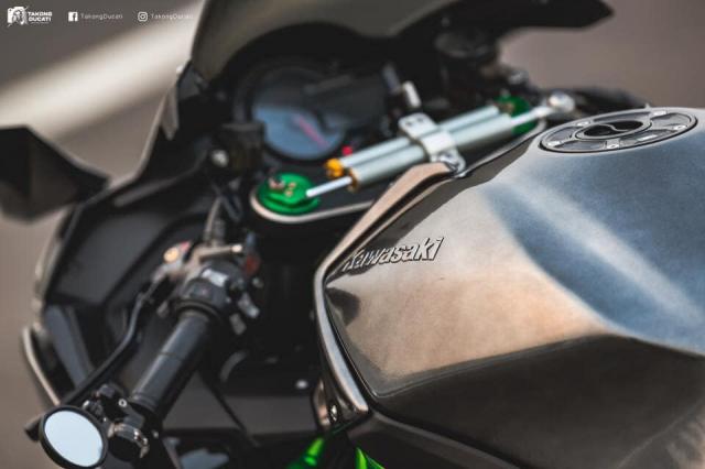 Kawasaki Ninja H2 lot xac thanh phien ban duong dua H2R - 5