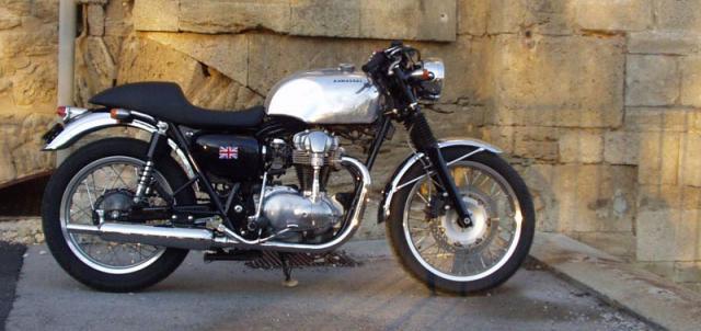 Kawasaki W650 do loi cuon voi phong cach Dragger Style den tu Schlachtwerk - 3