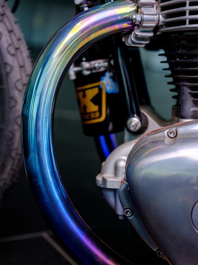 Kawasaki W650 do loi cuon voi phong cach Dragger Style den tu Schlachtwerk - 5