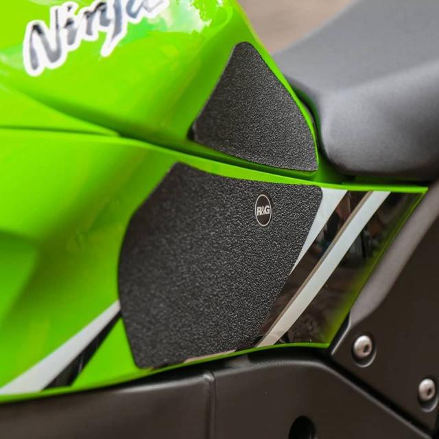 Kawasaki ZX10R voi ve dep tiem an kho phai theo thoi gian - 5