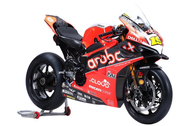 WSBK 2019 Khong thich cam giac thua cuoc Kawasaki se tao ra khac tinh cua Ducati Panigale V4 R - 6