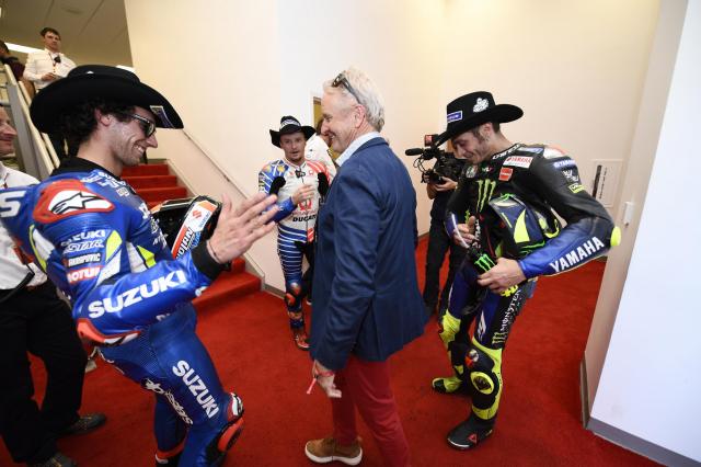 MotoGP 2019 Marc Marquez do duong Alex Rins gianh chien thang ngoai du doan - 8