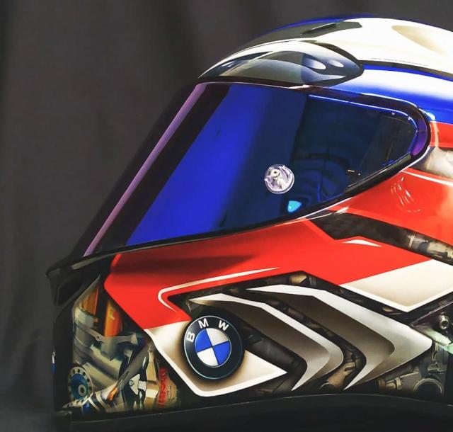 Non bao hiem do tem dau cuc chat danh rieng cho BMW S1000RR - 9