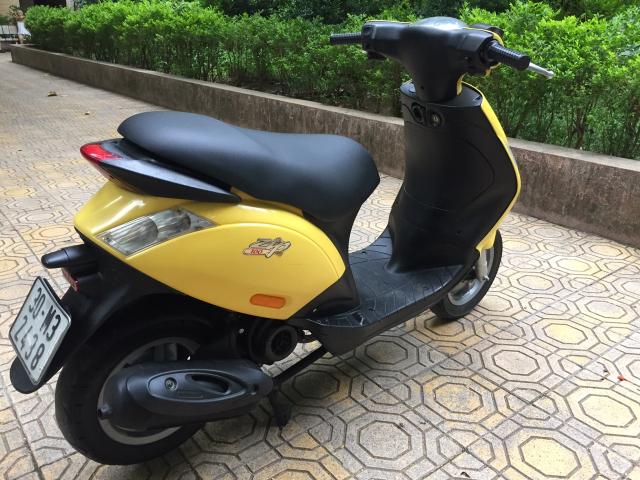 Rao ban Piaggio Zip100 nhap 2010 vang chinh chu nu dang dung tot