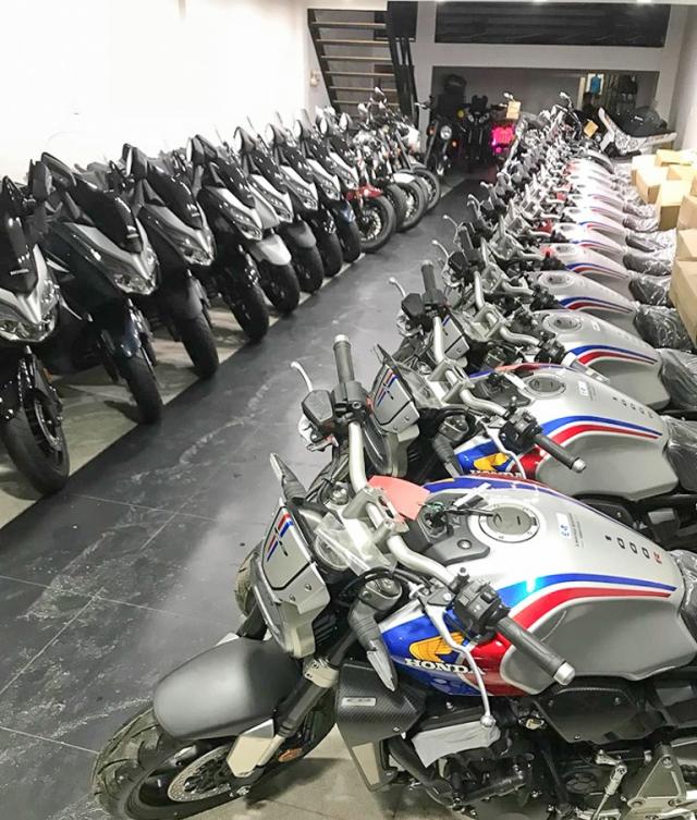 Honda CB1000R Limited Edition 2019 do bo vao thi truong Viet Nam - 3