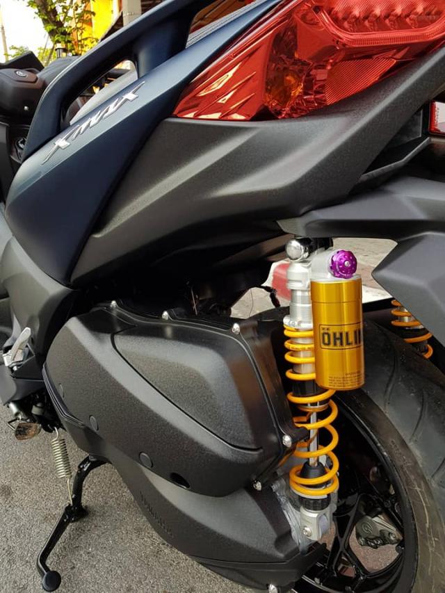 Yamaha XMax300 lot xac hoan toan voi goi trang bi khung - 11
