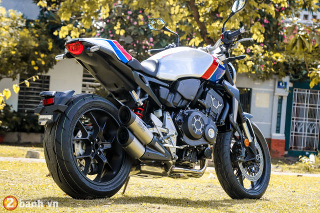 Can canh Honda CB1000R Limited Edition 2019 vua ve Viet Nam - 8