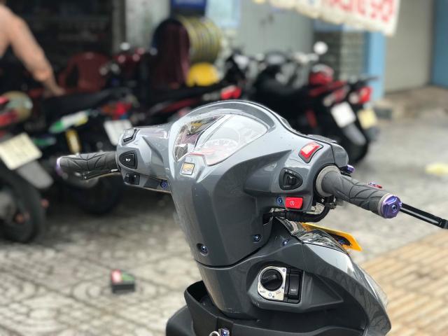 Vision do cuon hut nguoi xem voi gam mau xi mang cua biker Vung Tau - 4