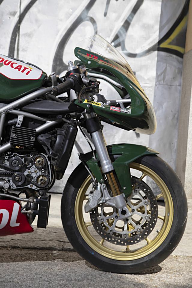 Ducati 999 do phong cach an tuong den tu XTR Pepo - 6