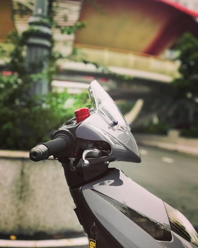Honda Dylan vang bong mot thoi lot xac ngoan muc nho loat do choi hang hieu - 5