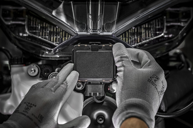 Honda Goldwing tiet lo thiet ke Radar hanh trinh thich ung - 5