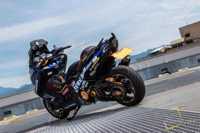 Yamaha TMAX 530 do Turbo cong suat 108 hp dang kinh ngac - 25