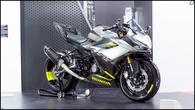 Can canh hai chiec CBR150R 2021 do chinh hang tu Honda - 18