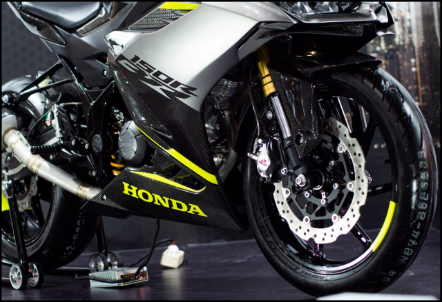 Can canh hai chiec CBR150R 2021 do chinh hang tu Honda - 28