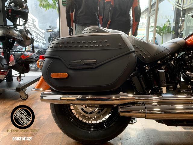 Harley Davidson Heritage Classic 114 Scorched Orange Silver Flux