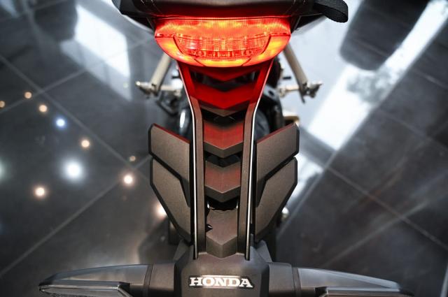 Honda CB650R 2021 Danh gia thuc te nhung thay doi tren xe - 6