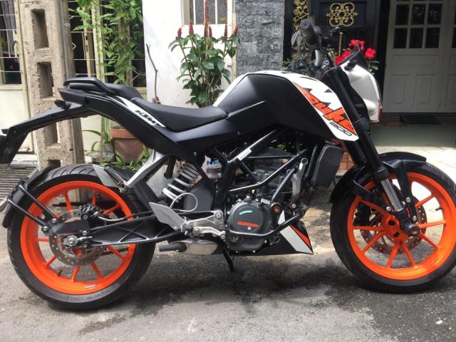 Ktm duke 200 1 chu dap thung toi gio Dk giua 2019 - 10