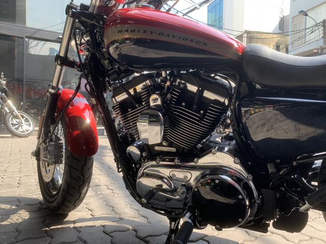 Len san HarleyDavidson 1200 Custom ban mau do den tuyet dep - 16