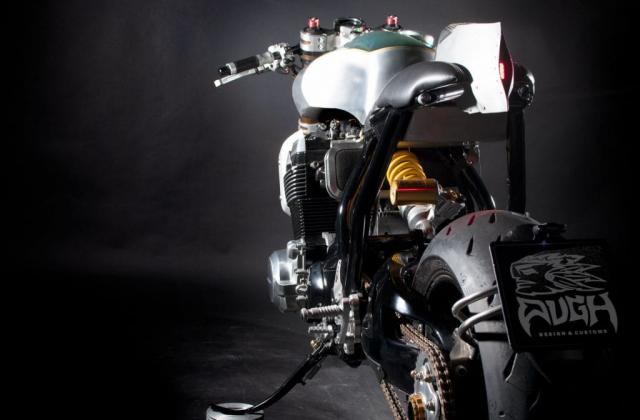 Suzuki GSX1400 do cafe racer den tu Augh Design