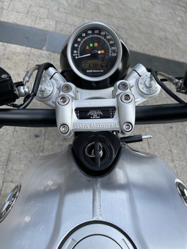 _ Moi ve BMW R NineT ABS Scrambler HQCN Dang ky 62017 chinh chu odo 6300km dung chuan - 2