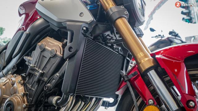 Can canh Honda CB650R 2021 vua ve toi dai ly - 14