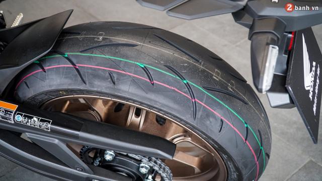 Can canh Honda CB650R 2021 vua ve toi dai ly - 28